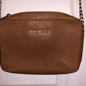 Pre-loved Michael kors crossbody
